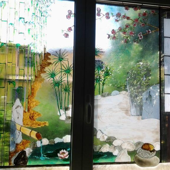 Giardino zen su vetro
